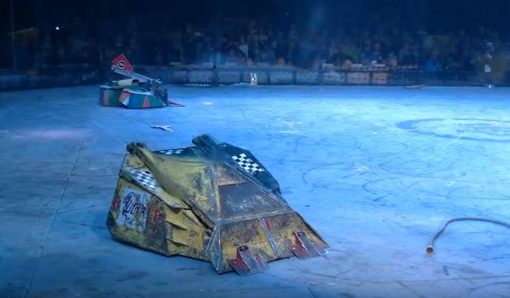 Súboj robotov v ringu