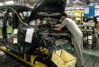 Ako sa vyrábajú lacné autá DACIA? Prevláda ľudská sila alebo ROBOT?